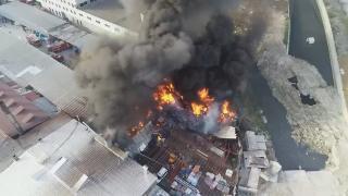 Halkalı'da geri dönüşüm tesisinde yangın