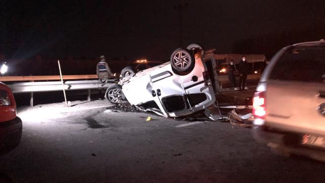 Iğdırda ticari araç otobüse arkadan çarptı: 1 ölü