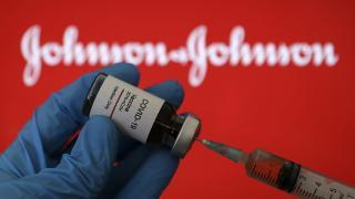 Johnson & Johnson'ın COVID-19 aşı tesisinde sorunlar bitmiyor