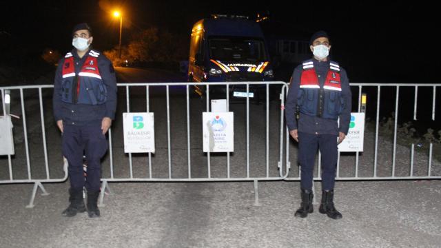Balıkesirde bir mahalle karantinaya alındı