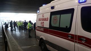 İzmir'de yunus ekibi kaza yaptı: 2 yaralı