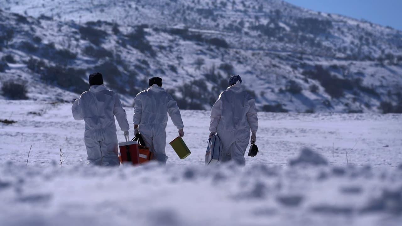 Ekipler kar kış demeden şifa dağıtıyor
