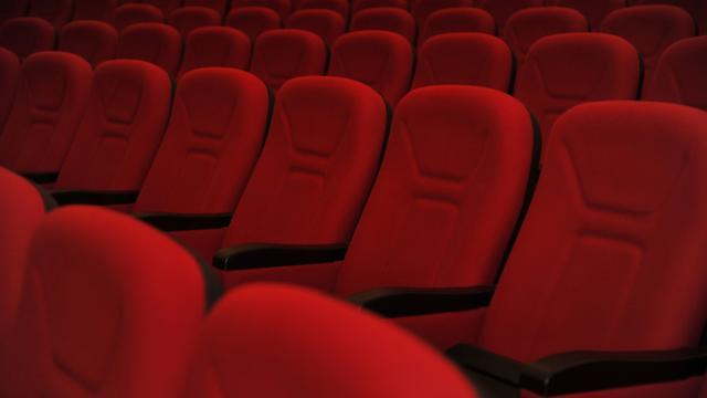 Siirtte sinema salonlarının faaliyetlerine ara verildi