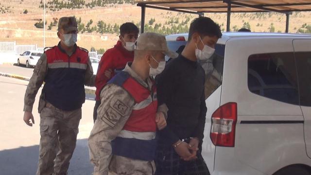 DEAŞlı 3 terörist sınırda patlayıcılarla yakalandı