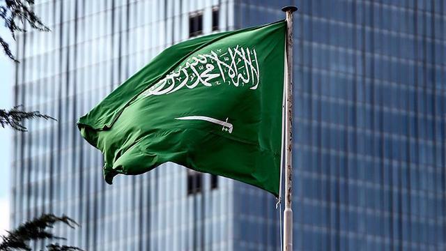 Suudi Arabistanda 3 asker vatana ihanetten idam edildi