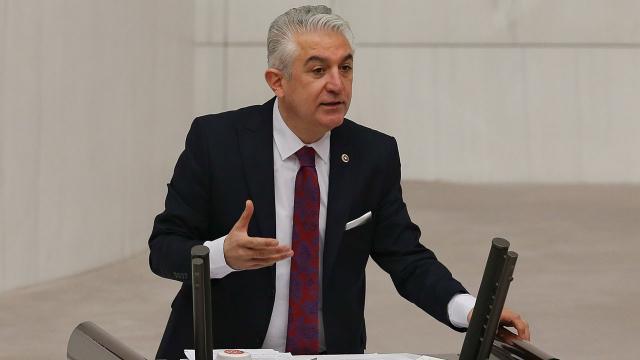 CHPli Sancar parti üyeliğinden istifa etti