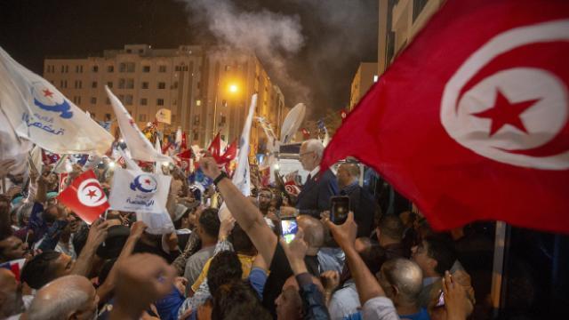 Tunusta Nahda Hareketinin 113 üyesi istifa etti
