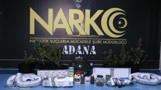 Adana'da evlerinde uyuşturucu yetiştiren baba ile oğlu yakalandı