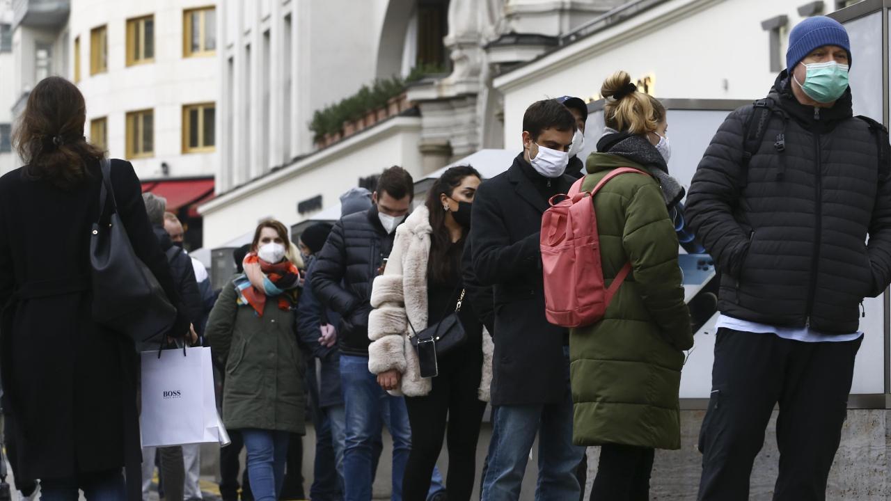 Almanya'da koronavirüs tedbirlerinin süresi uzatıldı