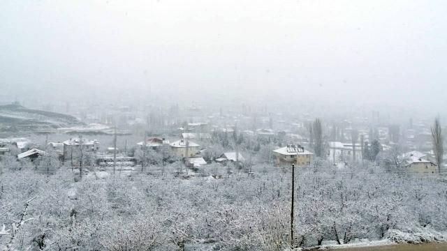 Antalyada kar yağışı etkili oldu