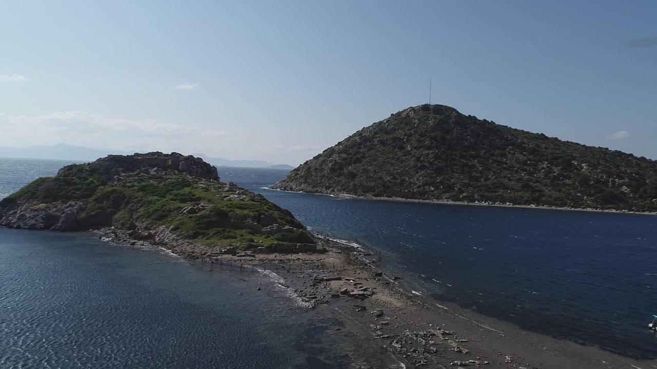 Deniz çekildi, tarihi kral yolu ortaya çıktı