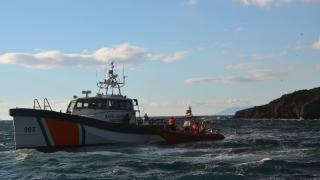 Balıkesir'de 33 düzensiz göçmen kurtarıldı