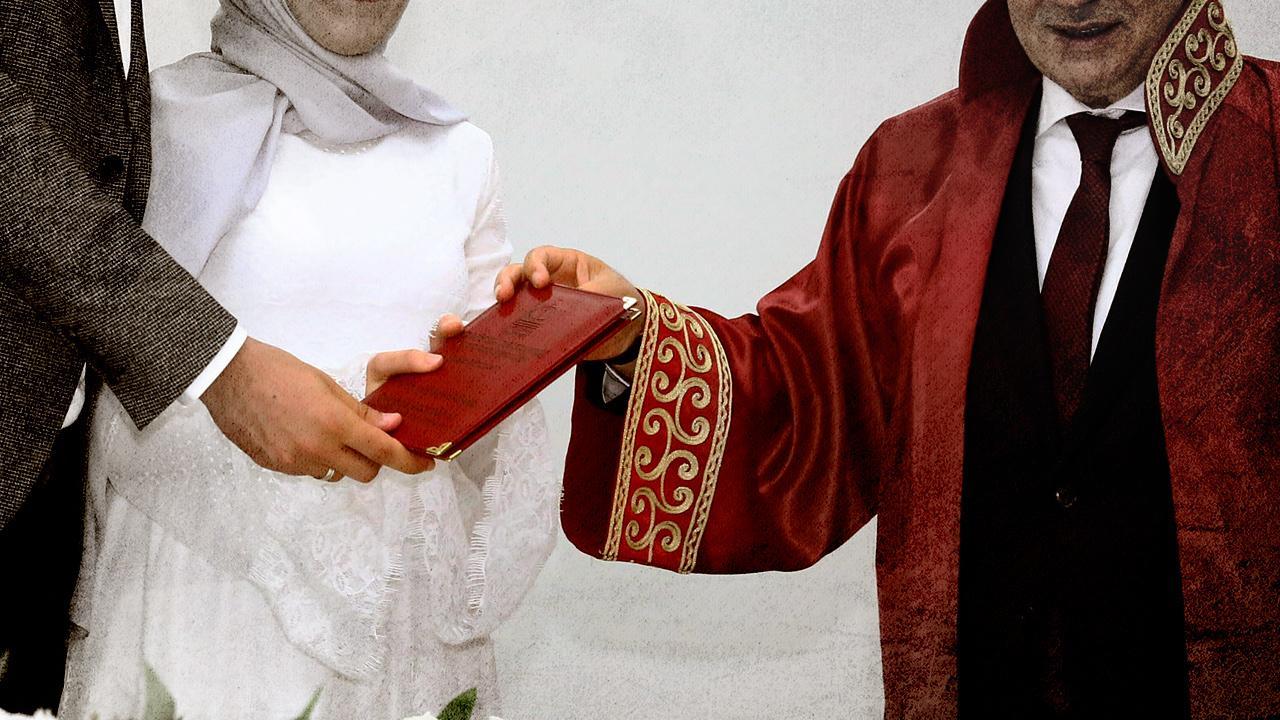 FETÖ'nün evlilik kitabı ortaya çıktı