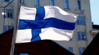 Fince yatırımcıları kaçırınca İngilizce resmi dil olsun önerisi geldi