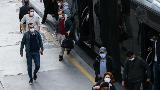 İstanbul'da yeni mesai saatleri açıklandı... İstanbul mesai saatleri düzenlemesi...