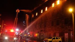 İzmir'de tekstil atölyesinde yangın