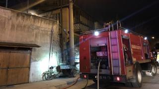 Karabük'te iki katlı evde yangın