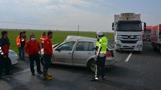 Şanlıurfa'da kontrolden çıkan otomobil iki araca çarptı: 1 ölü, 1 yaralı
