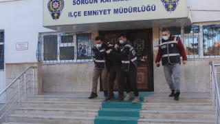 Yozgat'ta camilerden yardım kutularındaki parayı çaldığı iddiasıyla aranan şüpheli yakalandı
