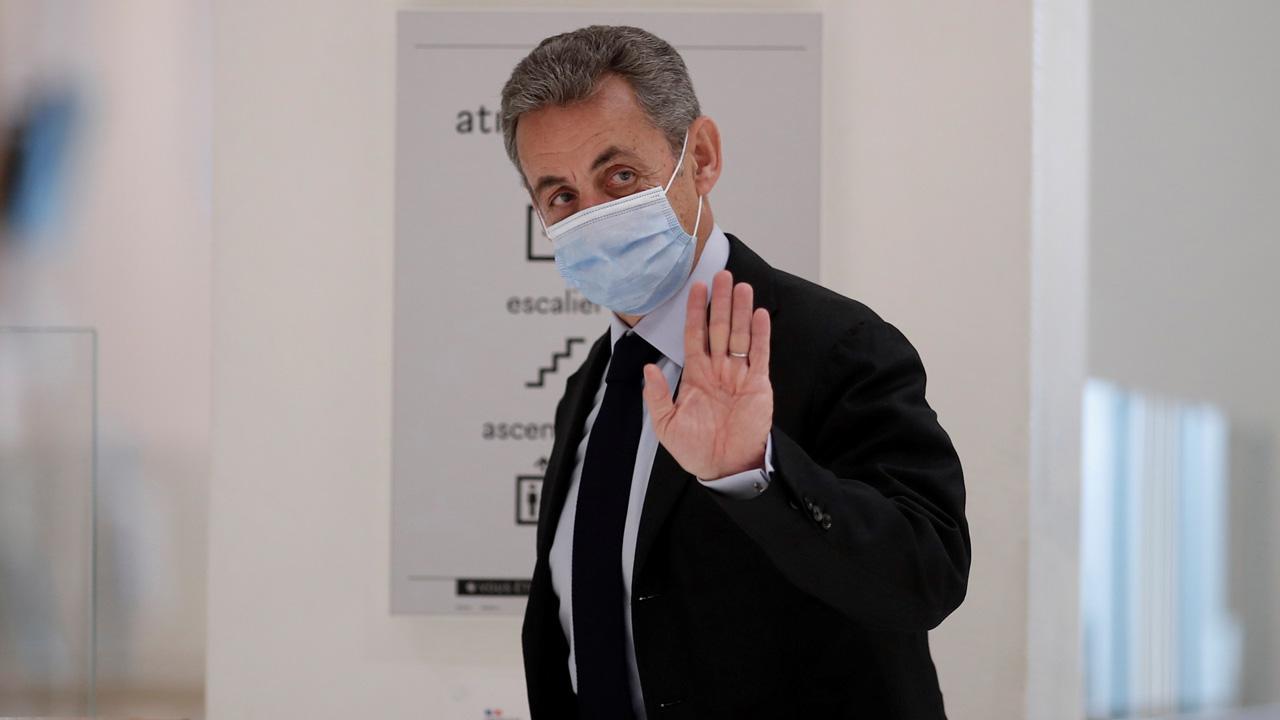 Sarkozy, yolsuzluk davasında suçlu bulundu