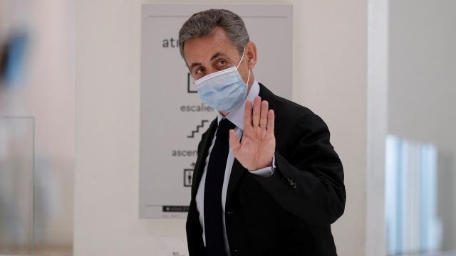 Sarkozy, seçim kampanyasının yasa dışı finansmanından suçlu bulundu
