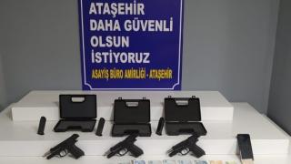 Ataşehir'de yasa dışı silah operasyonu düzenlendi
