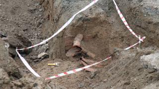 Altyapı çalışması sırasında tarihi kiremitlere rastlandı