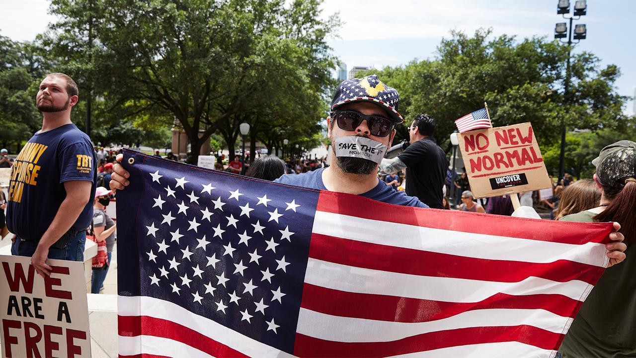 Teksas'ta maske takma şartı kaldırıldı