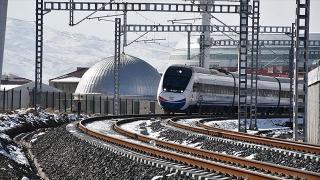 Ankara-Sivas YHT hattı yazın hizmete açılıyor