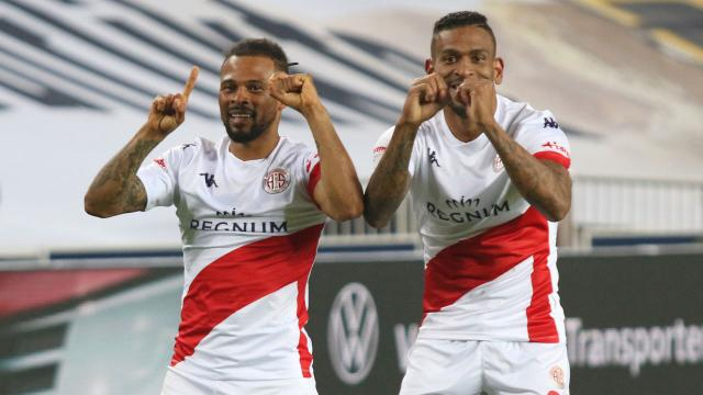Antalyasporda yenilmezlik serisi 14 maça çıktı