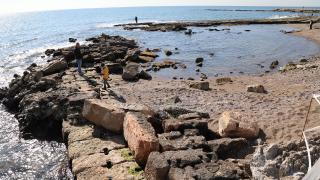 Soli Pompeipolis Antik Kenti'ndeki liman deniz suyunun çekilmesiyle ortaya çıktı