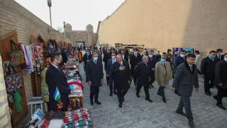 Bakan Çavuşoğlu Özbekistan'da