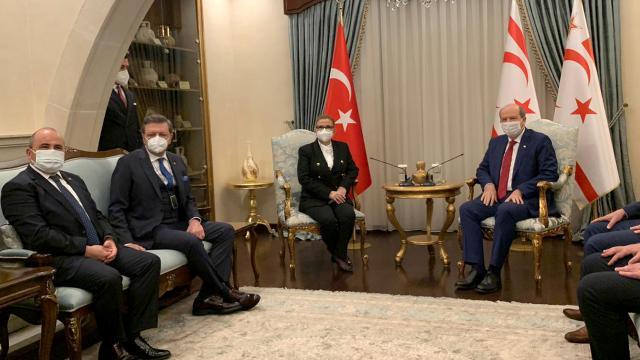 KKTC Cumhurbaşkanı Tatar, Bakan Pekcanı kabul etti