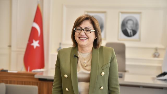 """Gaziantepin geleceğine """"kadın eli"""" yön veriyor"""
