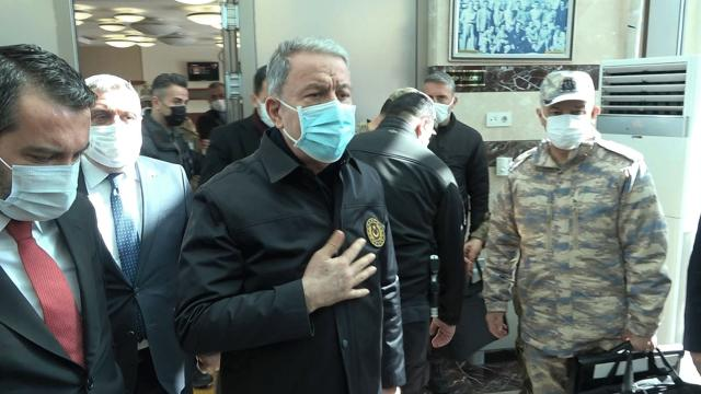 Bakan Akar: Yaralı 2 askerimizin durumu iyi