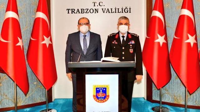 Jandarma Genel Komutanı Orgeneral Çetin, Trabzon Valisi Ustaoğlunu ziyaret etti