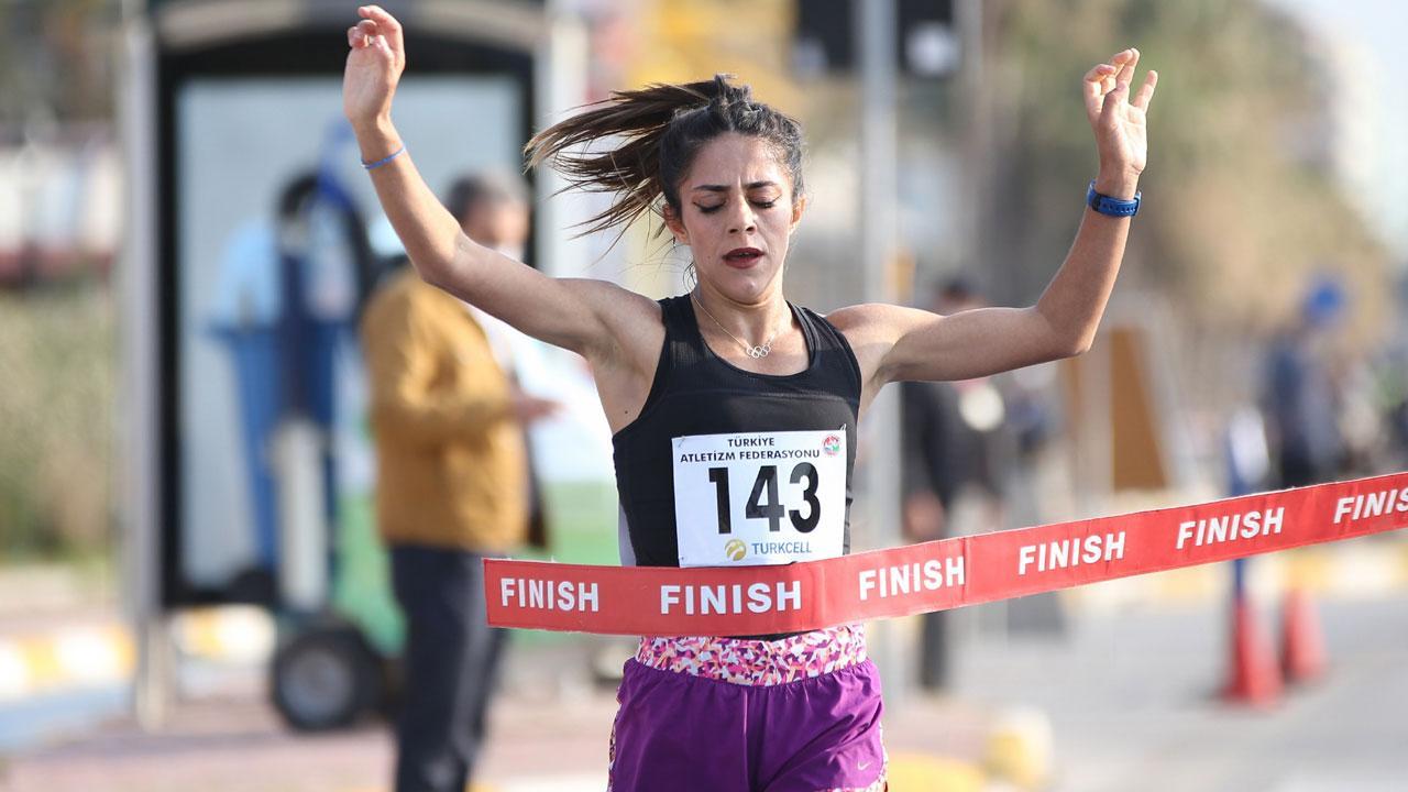 Milli atletlerden yeni Türkiye rekorları