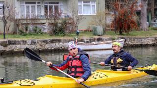 Otizmli genç kanosuyla İstanbul Boğazı'na açılmayı hedefliyor