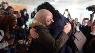 Savaşın ayırdığı anne ve oğul 8 yıl sonra Türkiye'de kavuştu