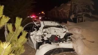Eskişehir'de kaza yapan aracı görünce duran otomobil ve tıra kamyon çarptı: 1 ölü, 2 yaralı