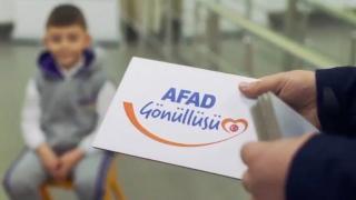 Minik AFAD gönüllüleri kamera karşısında: AFAD her zaman her yerde