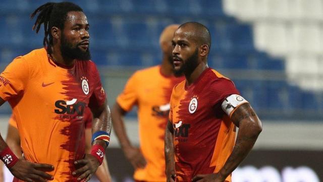 Galatasarayda defans hattı değişiyor