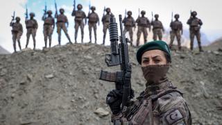 Kadın özel harekatçılar PKK'nın korkulu rüyası