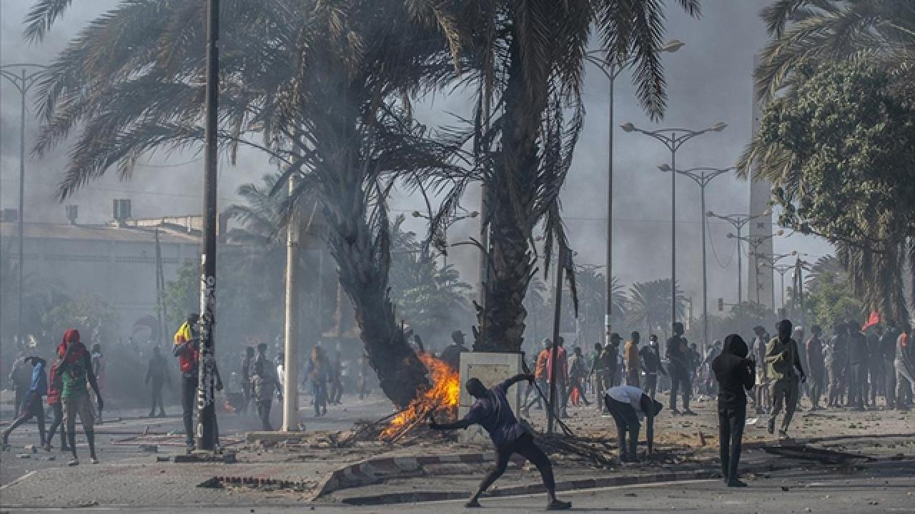 Senegal'de muhalif lider Sonko hakkındaki gözaltı kararı kalktı