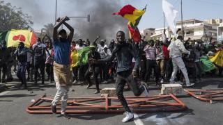 Senegal'de tansiyon düşmüyor