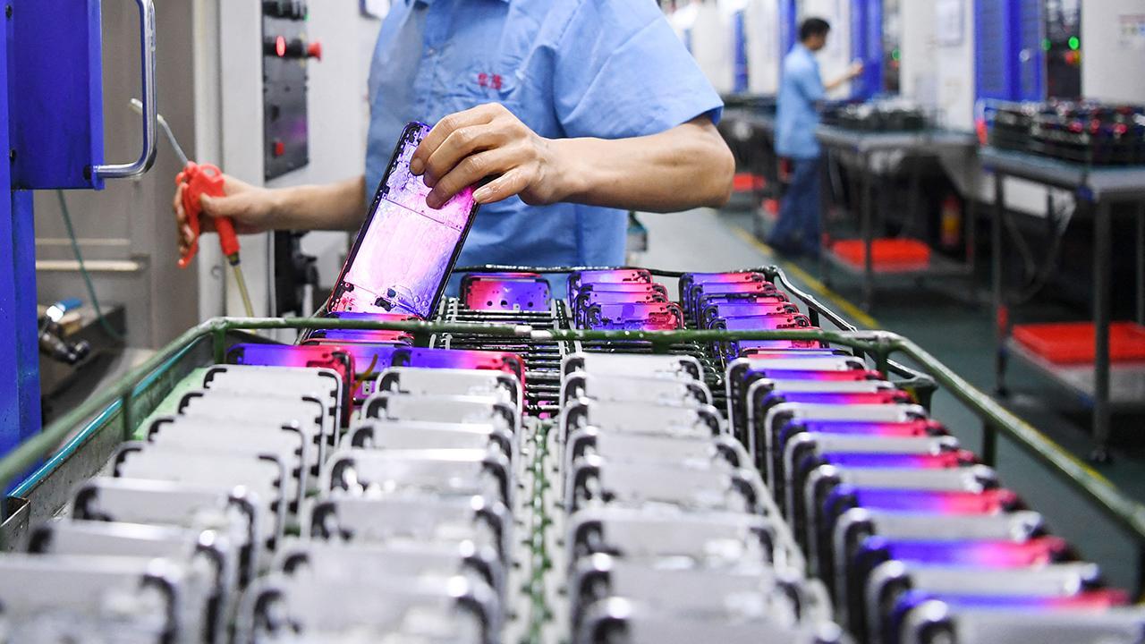 Oppo Türkiye'de üretime başladı