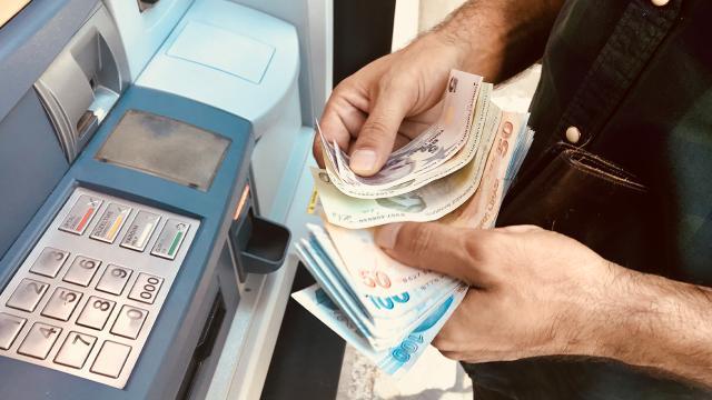 Kısa çalışma ödeneğiyle 3,7 milyon çalışana 32 milyar lira ödendi