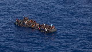 Libya açıklarında iki günde 1000'den fazla düzensiz göçmen yakalandı