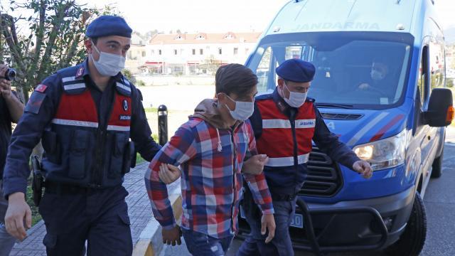 Samsunda kaçak kazı: 5 gözaltı