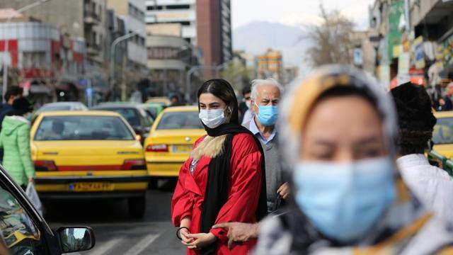 İranda bir günde 332 kişi hayatını kaybetti